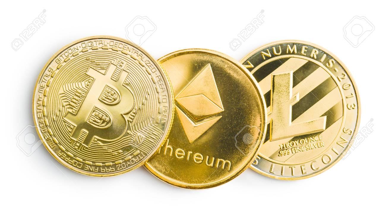 pirmasis bitcoin)