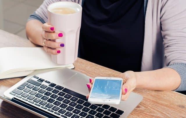 uždarbis internete jaunai motinai