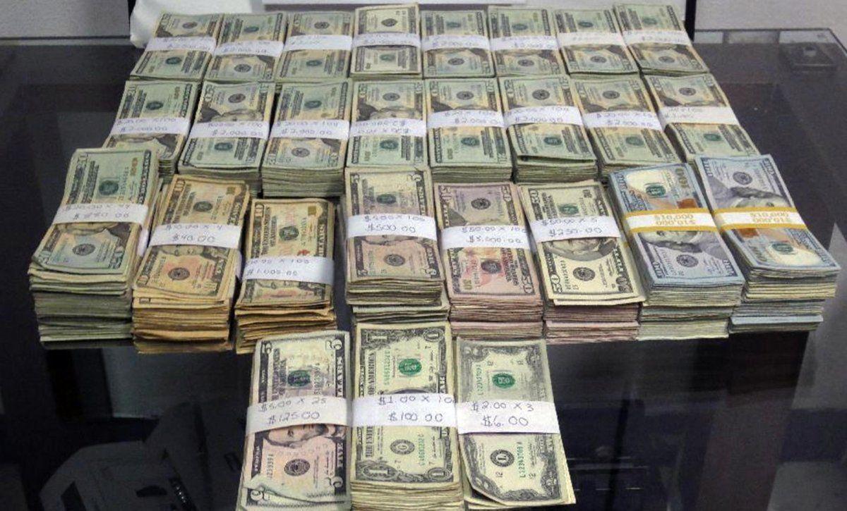 patikrintos svetainės, kuriose uždirbama pinigų be investicijų plaktukas dvejetainiuose variantuose