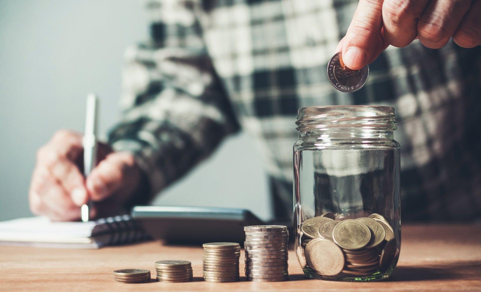 kaip sutaupyti pinigų kaip uždirbami pinigai zonoje